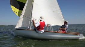 双人驱动体育航行游艇 股票视频