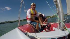 双人驱动体育航行游艇 股票录像