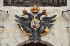 双在圣彼得堡朝向老鹰 俄国 图库摄影