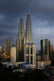 双子楼,亦称Menara天然碱是在世界的高楼从1998年到2004年 免版税库存照片
