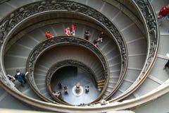 双意大利罗马螺旋形楼梯梵蒂冈 库存图片