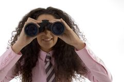 双筒望远镜总公司查看妇女年轻人 库存照片