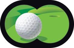 双筒望远镜打高尔夫球 库存图片