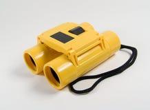 双筒望远镜黄色 库存照片