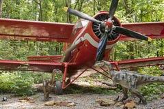 双翼飞机恐龙 图库摄影