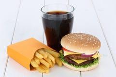 双重乳酪汉堡汉堡包和油炸物菜单膳食组合可乐 库存图片