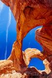 双重曲拱在拱门国家公园,犹他,美国 免版税图库摄影