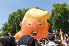反唐纳德王牌抗议在伦敦中部 库存照片