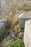 反坦克立方体,石第二次世界大战入侵沿海防御。 库存图片