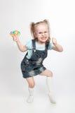 反复无常的女孩少许棒棒糖 免版税库存图片