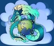 反对云彩的明智的蓝色东部龙 皇族释放例证