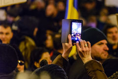 2017 - 反对囚犯体谅计划的罗马尼亚人抗议 布拉索夫, 免版税库存图片