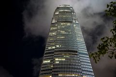 反对夜空的国际商业中心香港 库存照片