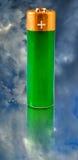 反对天空的电池 库存图片
