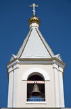 反对天空的钟楼 免版税库存图片