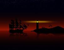 反对日落的海盗船 免版税库存图片
