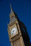 反对清楚的蓝天的大本钟clocktower 库存图片