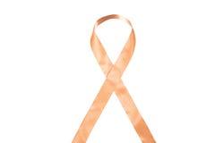 反对癌症丝带的世界天 库存图片