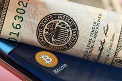 反对美元系统的Bitcoin 免版税库存图片