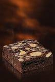 反对背景的自创巧克力果仁巧克力 免版税库存图片