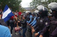 反对胡安奥兰多埃尔南德斯洪都拉斯1月21的改选的日抗议游行2018 23日 免版税库存图片