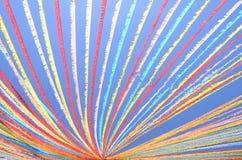 反对蓝天的五颜六色的诗歌选在特内里费岛海岛上 免版税库存图片