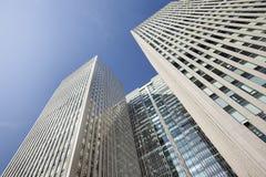 反对蓝天的摩天大楼在北京中心,中国 库存照片