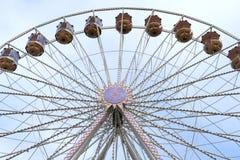 反对蓝天,前面看法的弗累斯大转轮 库存图片