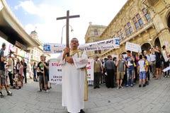 反对迫害和暴行的示范在伊拉克 免版税库存照片
