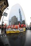 反对银行的抗议 免版税库存图片
