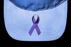 反对霍奇金的淋巴瘤的紫罗兰色丝带 库存照片