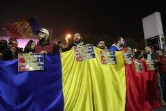 反对coruption和罗马尼亚政府的抗议 免版税图库摄影
