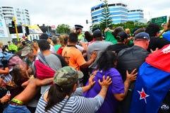 反对TPPA的数千抗议在中央奥克兰新西兰 免版税库存图片