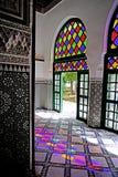 反射光El巴伊亚宫殿五颜六色的比赛在马拉喀什 库存图片