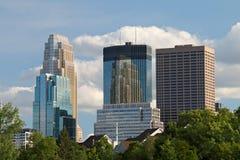 反射在摩天大楼的摩天大楼 免版税库存照片