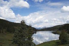反射的湖 免版税图库摄影