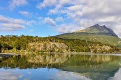 反射,火地群岛国家公园,乌斯怀亚,阿根廷 库存图片