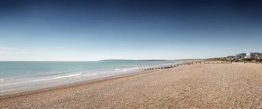 反挠度铺沙海滩 库存图片