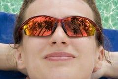 反映太阳镜 免版税库存照片