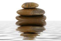 反映岩石堆积水禅宗 免版税图库摄影