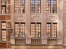 反映视窗的房子 免版税图库摄影