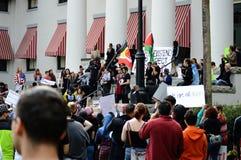 反王牌抗议塔拉哈西,佛罗里达 免版税库存图片