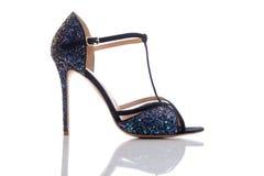 发光和时髦的凉鞋 免版税图库摄影