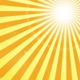 发光的太阳发出光线Backgroung 免版税图库摄影