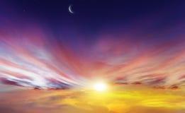 发光的日落 ramadan的kareem 免版税库存图片