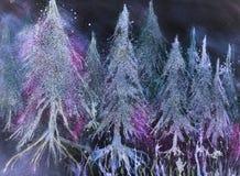 发光的杉树森林在幻想雪的反对夜空 库存照片