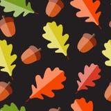 发光的秋天自然叶子无缝的样式 免版税库存图片