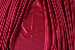发光的红色缎 免版税图库摄影
