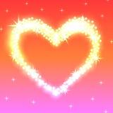 发光的金黄光的精采心脏在红桃红色背景的 库存照片