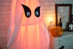 发光的鬼魂装饰的万圣夜 免版税图库摄影
